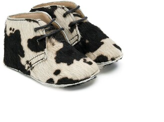 Gallucci Kids Fur-Trimmed Cow Booties