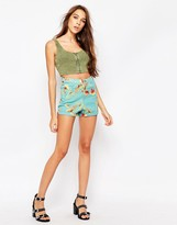 Motel Ibu Shorts In Floral Print