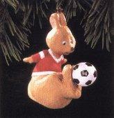 Hallmark QX5916 Kickin' Roo Soccer 1994 Keepsake Ornament