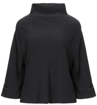 Oska Turtleneck