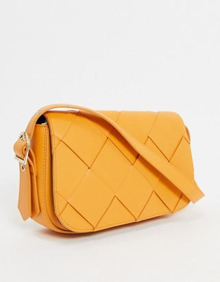 Who What Wear Harper weave detail shoulder bag in yellow