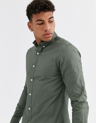 New Look muscle fit oxford shirt in khaki-Green