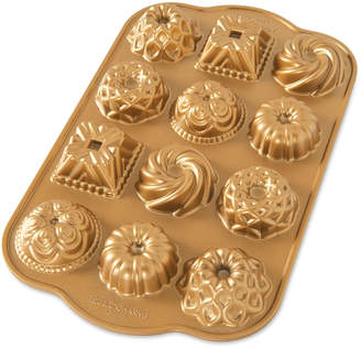Nordicware Mini Bundt Cakes Charms Pan