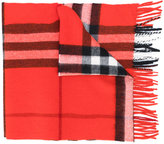 Burberry checked fringe scarf - women - Cashmere - One Size