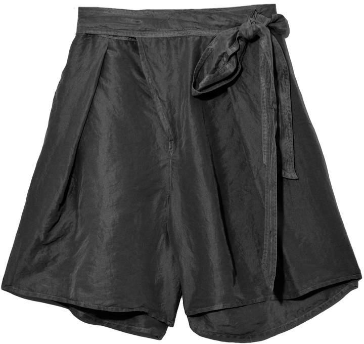Habotai Silk Shorts in Nero