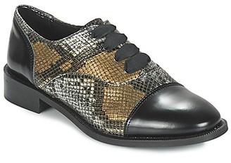Lollipops YTON DERBY women's Casual Shoes in Beige