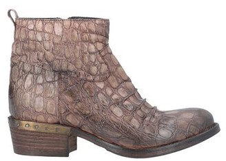 Elena Iachi Ankle boots