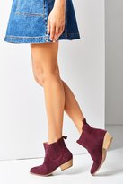 Urban Outfitters July Chelsea Boot