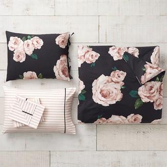 Pottery Barn Teen Emily & Meritt Bed of Roses Twin XL Duvet Bundle