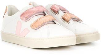 VEJA KIDS Touch Strap Low Top Sneakers