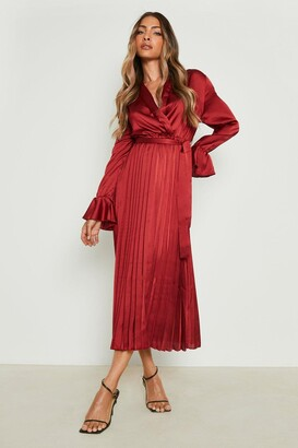boohoo Satin Pleated Midaxi Dress
