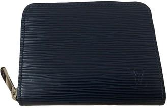 Louis Vuitton Zippy Blue Leather Purses, wallets & cases