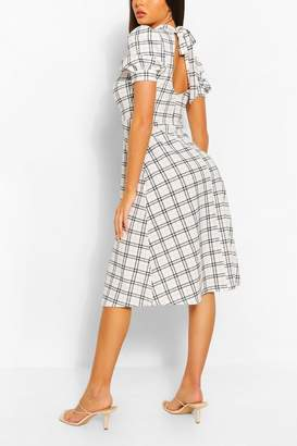 boohoo Contrast Check Midi Dress With Open Back