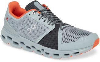 On Cloudstratus Running Shoe
