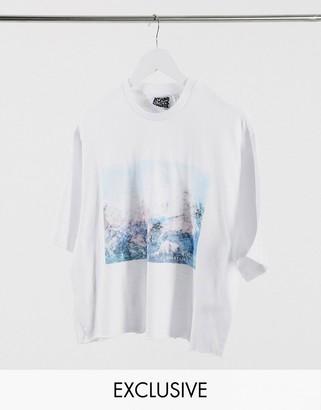 Reclaimed Vintage inspired scenic print t-shirt in white