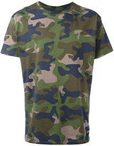 Les (Art)ists camouflage T-shirt