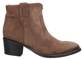 AME Ankle boots