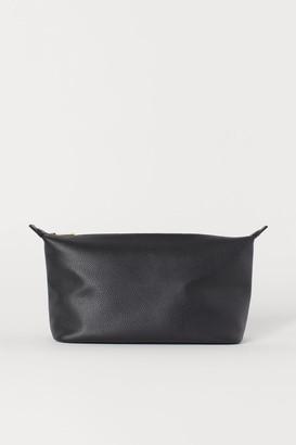 H&M Spacious Toiletry Bag - Black