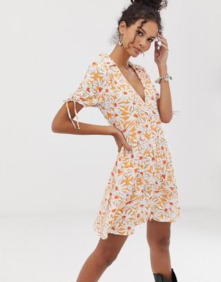 En Creme floral tea dress