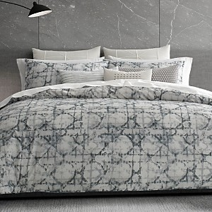 Vera Wang Layered Geometric Duvet Cover, King