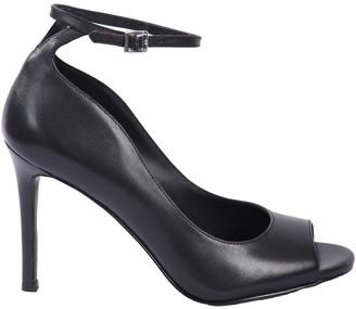 Michael Kors Danielle leather sandals