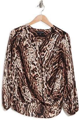 V-Neck Long Sleeve Leopard Print Curved Hem Top