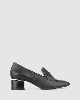 Airflex Proven Leather Loafers