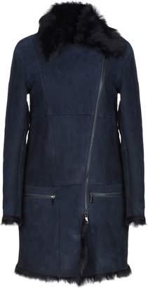 Vintage De Luxe Coats - Item 41888287VJ