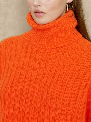 Ralph Lauren Blue Label Wool & Cashmere Turtleneck