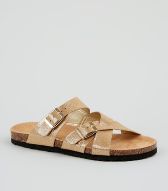 New Look Wide Fit Cross Strap Buckle Footbed Sandals