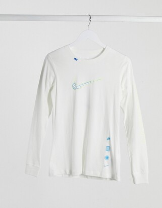 Nike world wide long sleeve t-shirt in white