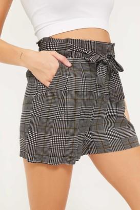 Ardene Houndstooth Plaid Paper Bag Shorts