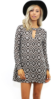 West Coast Wardrobe Free Thinker Medallion Print Shift Dress in Black
