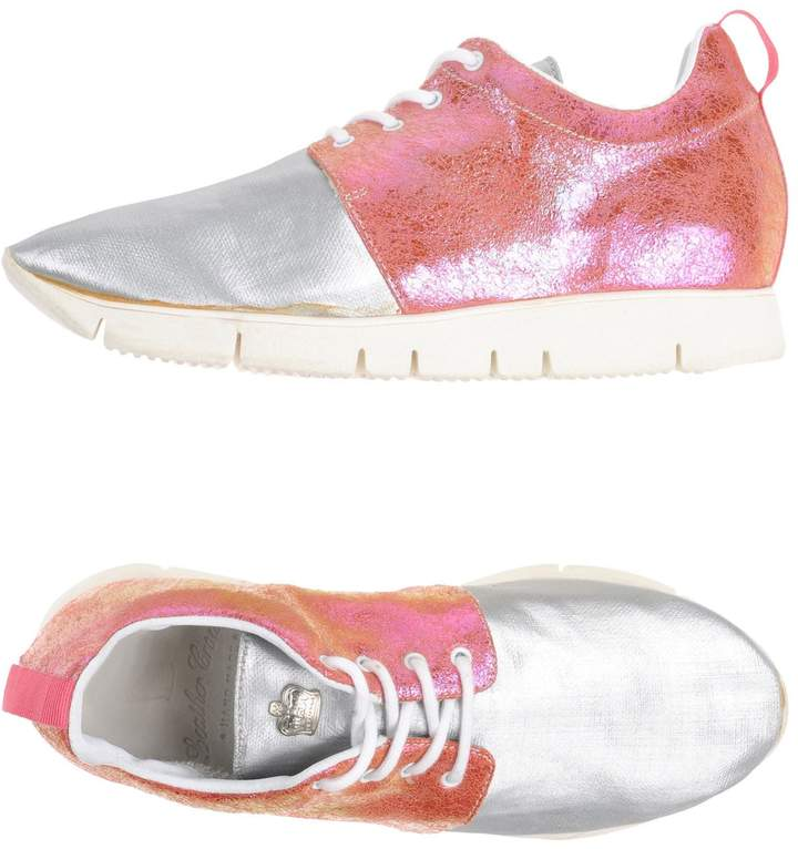 Leather Crown Low-tops & sneakers - Item 11245625BL