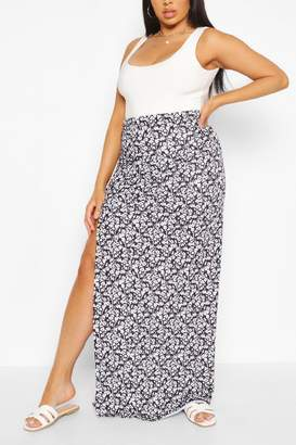 boohoo Plus Ditsy Floral Side Split Maxi Skirt