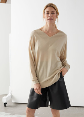 And other stories Oversized V-Neck Jumper