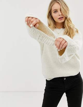 Asos Design DESIGN cable bell sleeve jumper-Cream