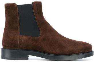Tod's classic chelsea boots