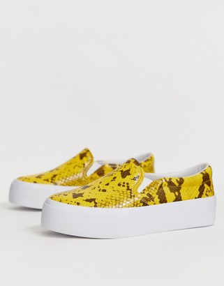 Asos Design DESIGN Deacon chunky slip on plimsolls in yellow snake-Multi