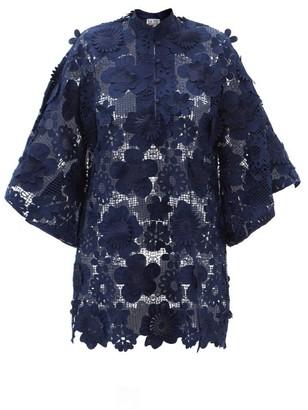 La Vie Style House - No. 548 Guipure-lace Kaftan - Navy