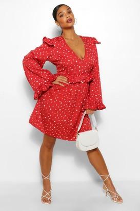 boohoo Plus Woven Smudge Spot Print Ruffle Smock Dress