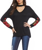 Moa Moa Choker Neck Embroidered Sweatshirt