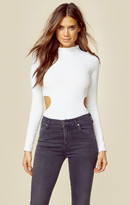 KENDALL + KYLIE side cut-out tee