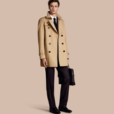 Burberry The Kensington - Mid-length Heritage Trench Coat , Size: 54sf, Yellow