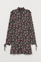 H&M Dress with Ruffles - Black