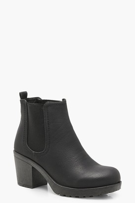 boohoo Wide Fit Chunky Cleated Heel Chelsea Boots
