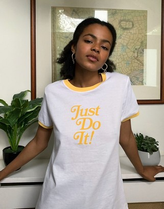 Nike just do it raglan t-shirt in white and yellow