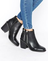 London Rebel Boots With Double Side Zip