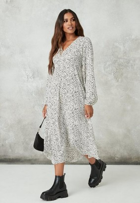 Missguided White Dalmatian Print V Neck Smock Dress