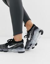 Nike Running vapormax flyknit sneakers in black